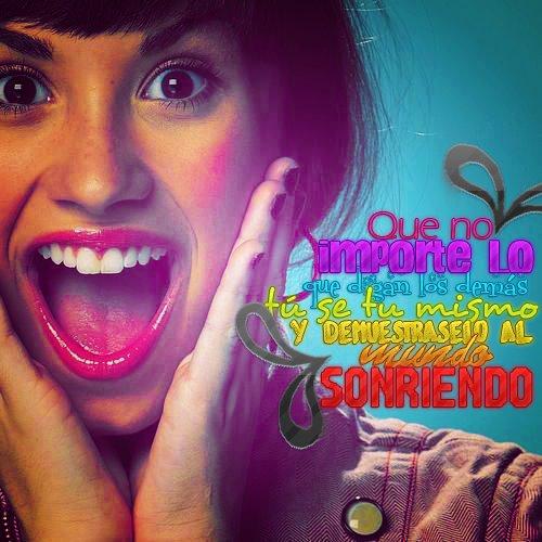 Demi Lovato C: by editaciones
