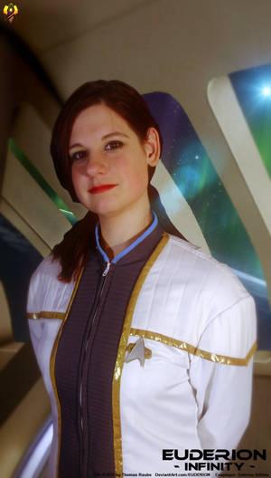 Euderion Cosplay - Onaris in Dress Uniform