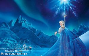 Arendale's Guardian Ice Queen by Hikaru-Ryuu