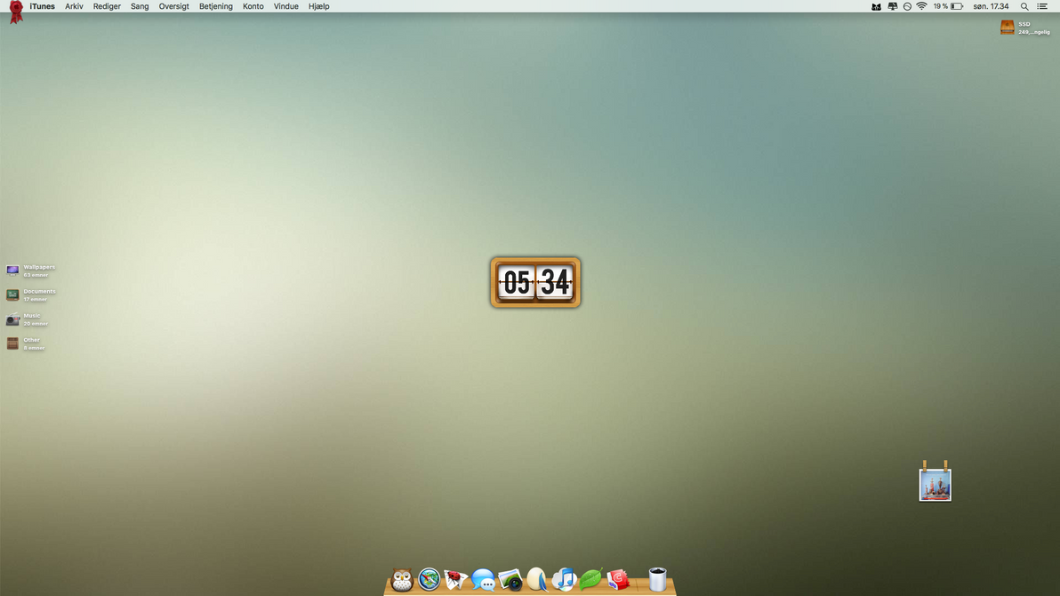 Mac-book desktop by alex8908