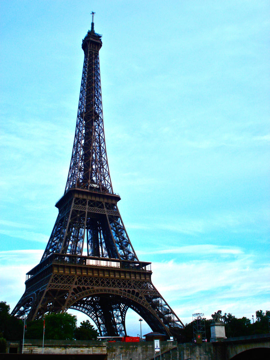 Eiffel tower 2 by avril72381