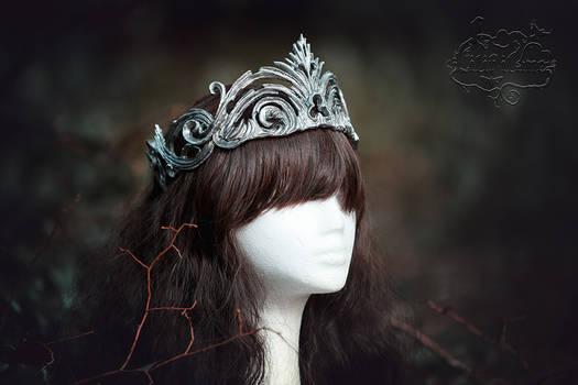 Crown broken in silver