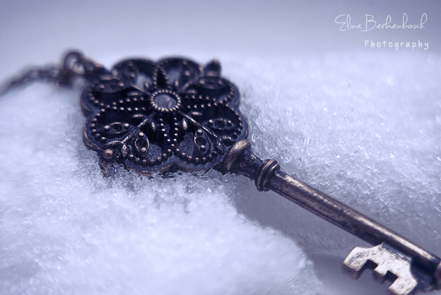 Frozen Key by xOronar