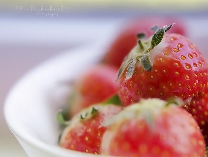 Strawberry by xOronar