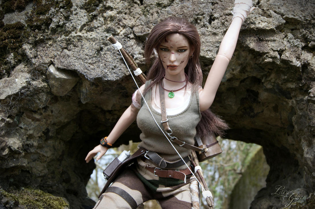 Tomb Raider 2013 - Hunter dirty outfit - 04 by Laragwen