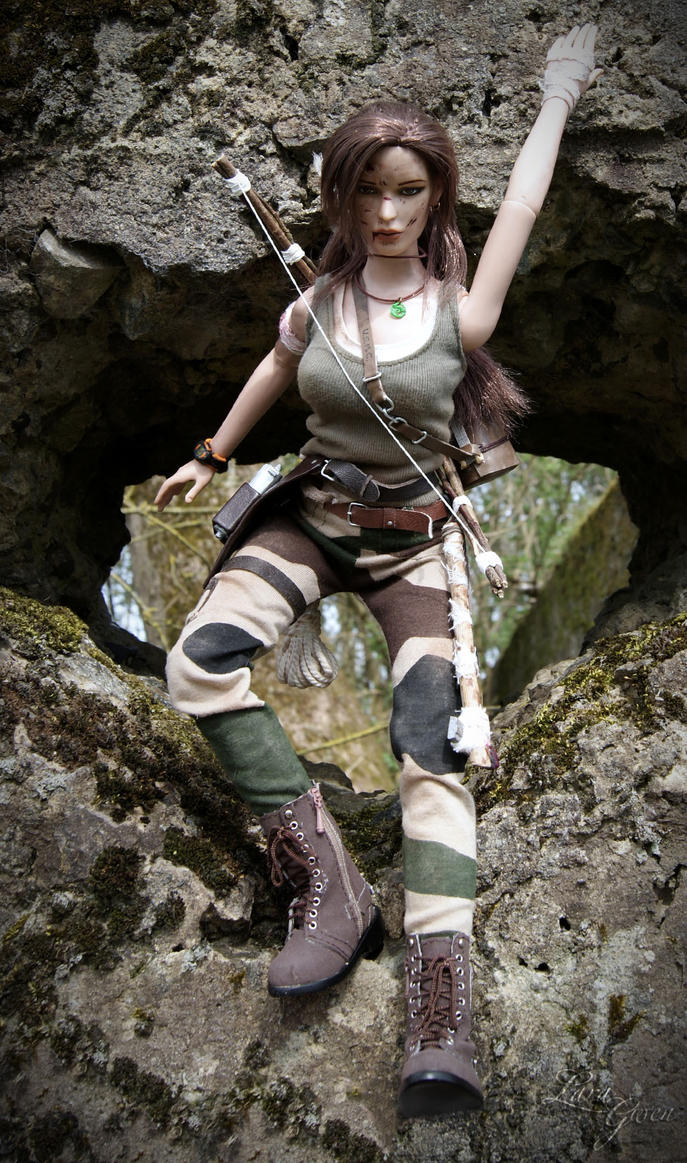 Tomb Raider 2013 - Hunter dirty outfit 06 by Laragwen