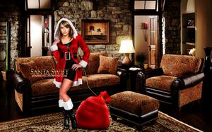 Taylor Swift Xmas manipulation by iamszissz