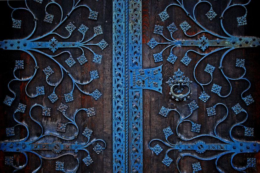 the door by augenweide