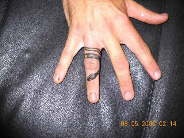 Snake ring by obsidianangelheart on deviantart for Snake finger tattoo