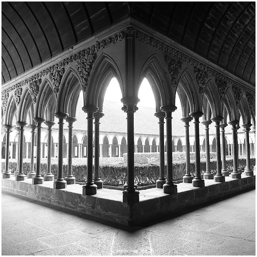 Cloister by geanera