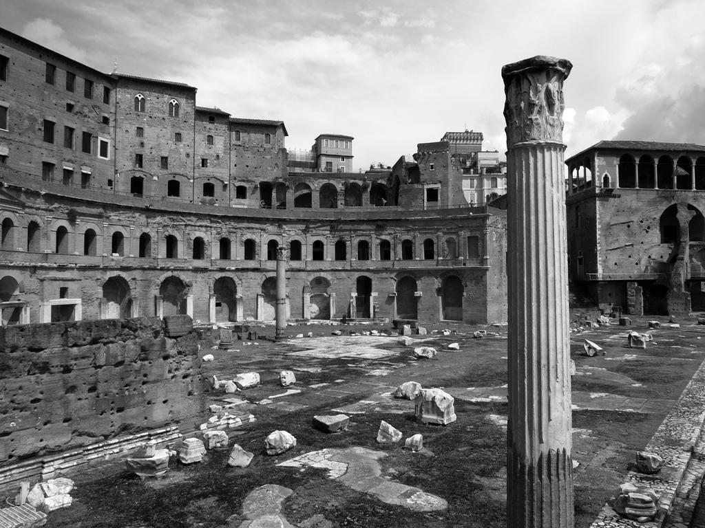 Mercato di Traiano by geanera