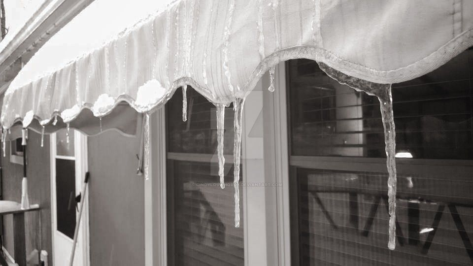 Ice sickles. by CindyLouWhoXox