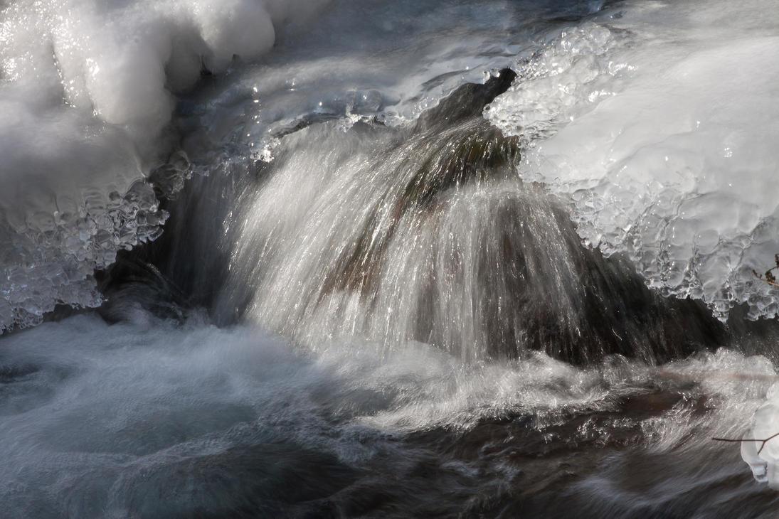 Frozen Stream by mariustipa