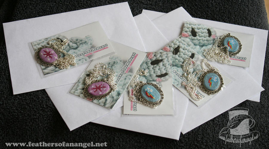 Give away winner pendants by SongThread