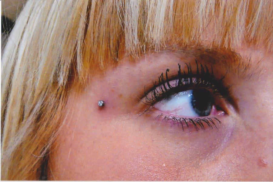 Piercing micro dermal