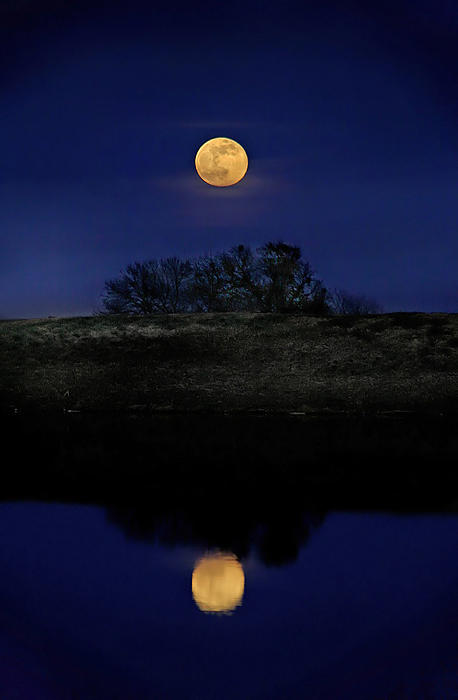 Moon Reflection by justinblackphotos