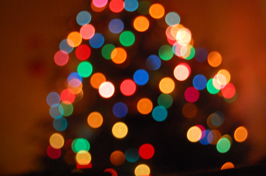Christmas Tree Bokeh by kayleero