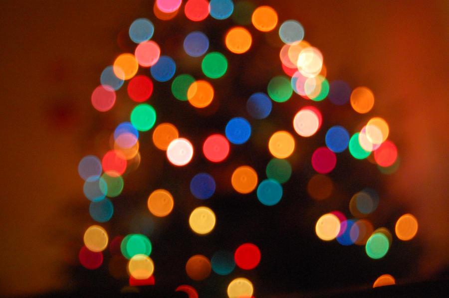 Christmas Tree Bokeh by kayleero