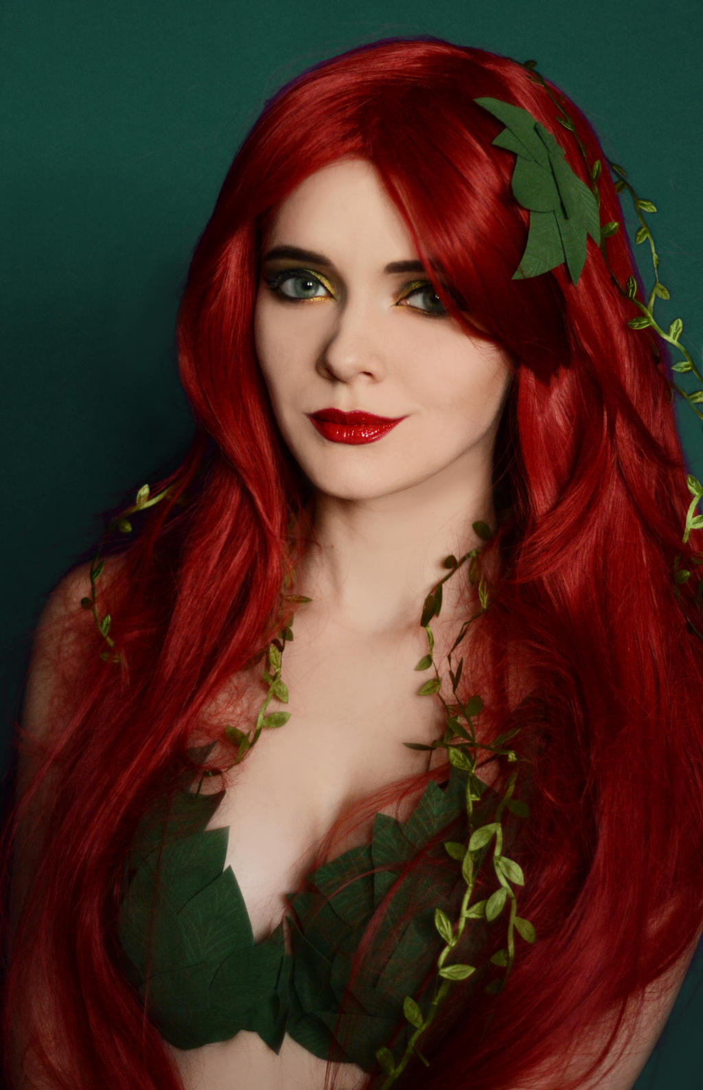 poison ivy hair style poison by iranyaaasha on deviantart 2354 | poison ivy by iranyaaasha dbeqkh2