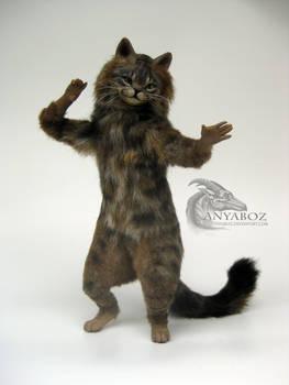 Tubby Tabby Cat Room Guardian