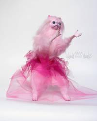 Primrose Pink Persian Cat Room Guardian