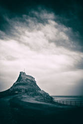 Lindisfarne Castle by newcastlemale