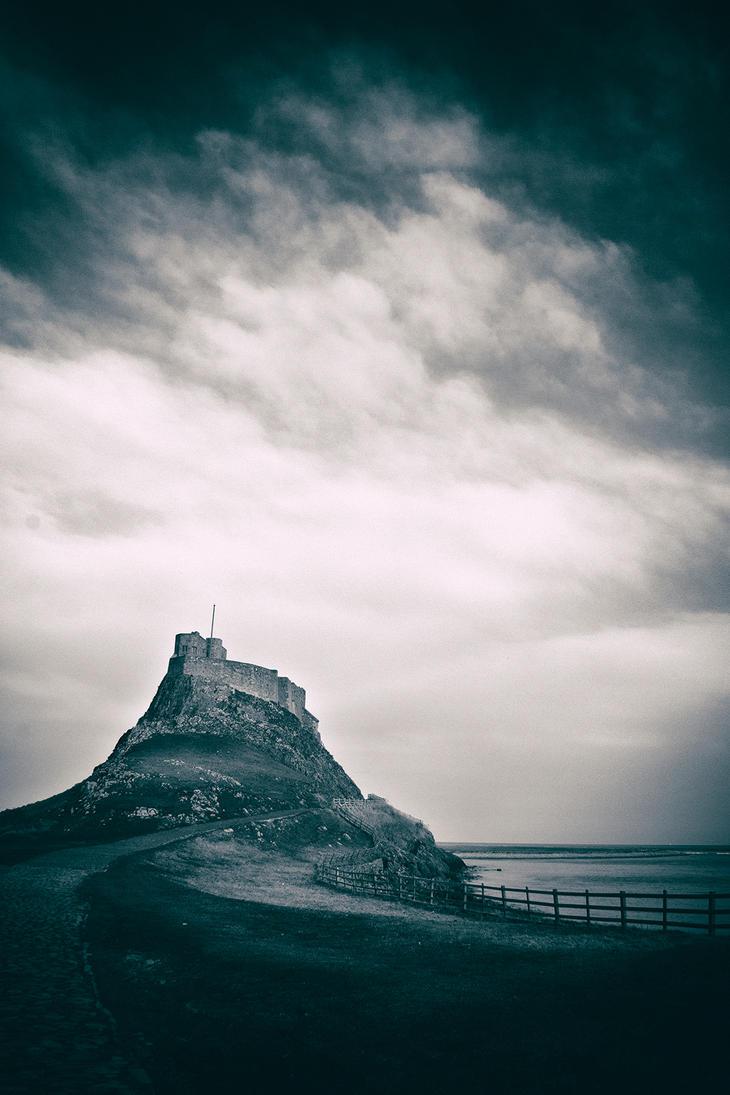 Lindisfarne Castle by newcastlemale