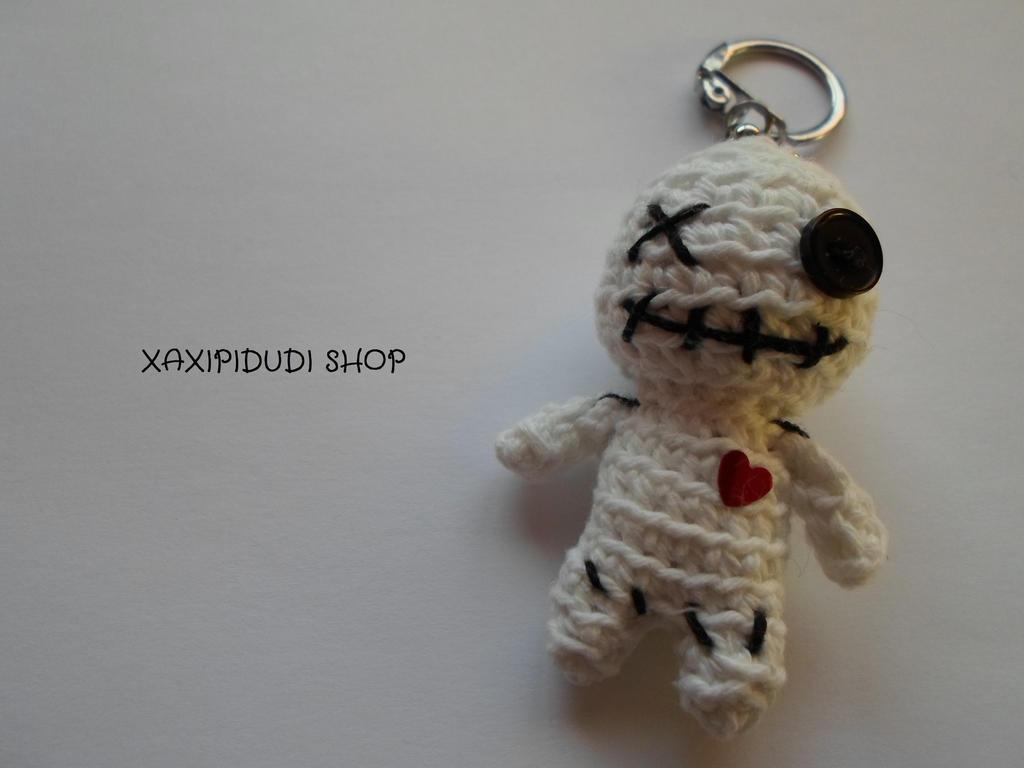 Llavero amigurumi Voodoo Doll by Xaxipidudi on DeviantArt