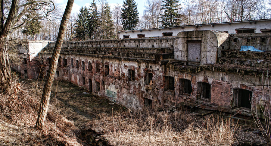Abandoned 45 by Banderoo