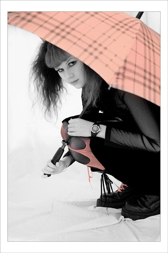 Umbrella    by Tommy Noker - Avatar Bulmaca