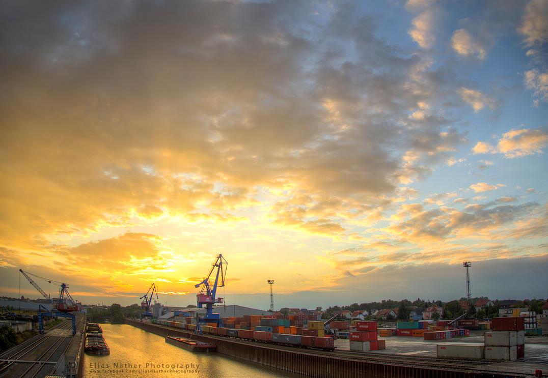 Golden Harbour by Scorpidilion