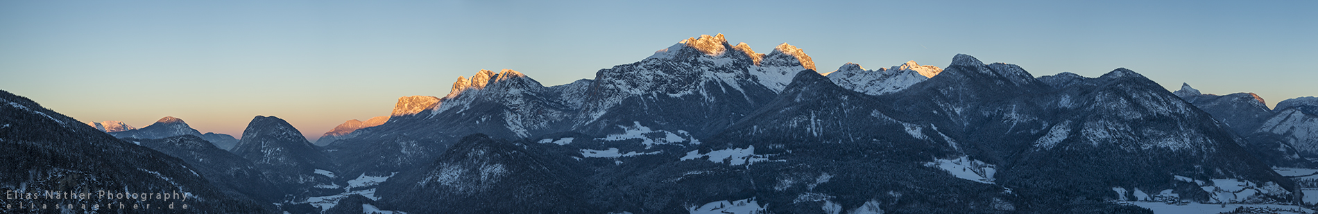 Good Night Alps Panorama by Scorpidilion