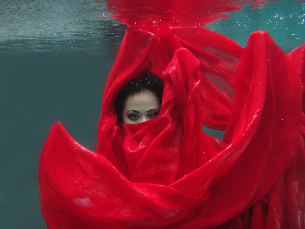 Underwater 11 by bumimanusiastock