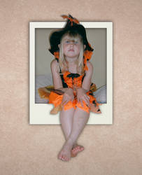 Halloween Girl Stock1 OOB