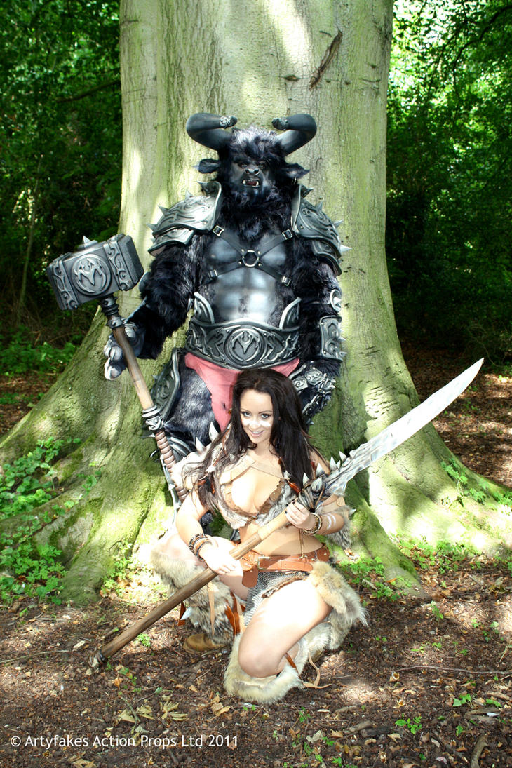 Minotaur and Barbarian by Artyfakes
