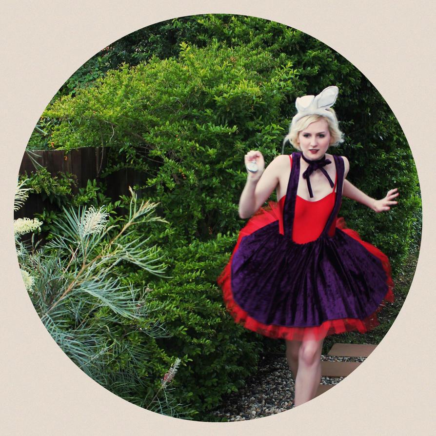 The Running Rabbit by misy-chan on DeviantArt