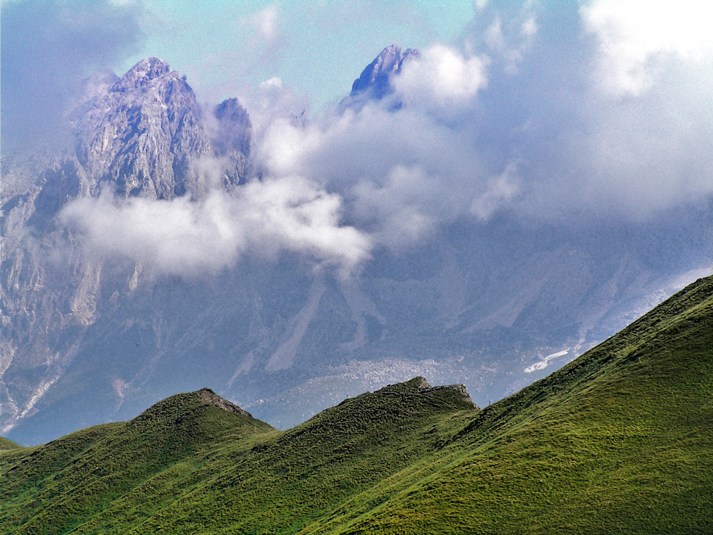 Rocks and clouds by edelweiss26