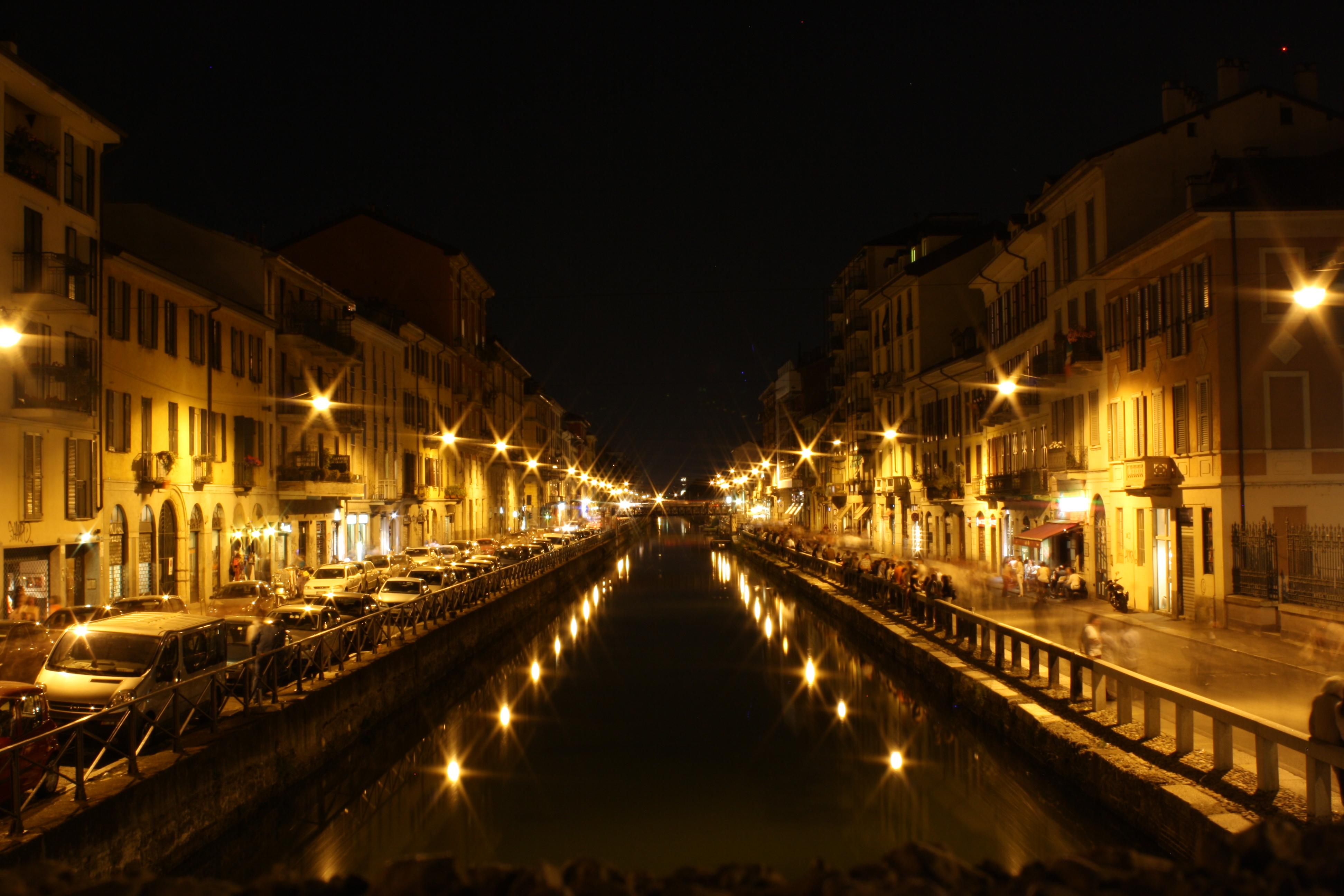 milano at night by xxxmaxamxxx on deviantart