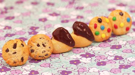 Itty Bitty Cookie Earring Set