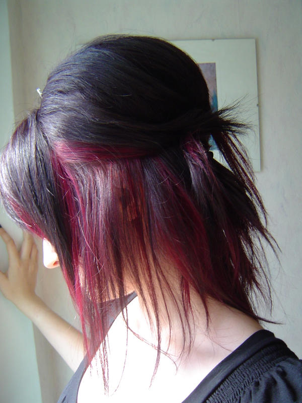 hairstyle: step back