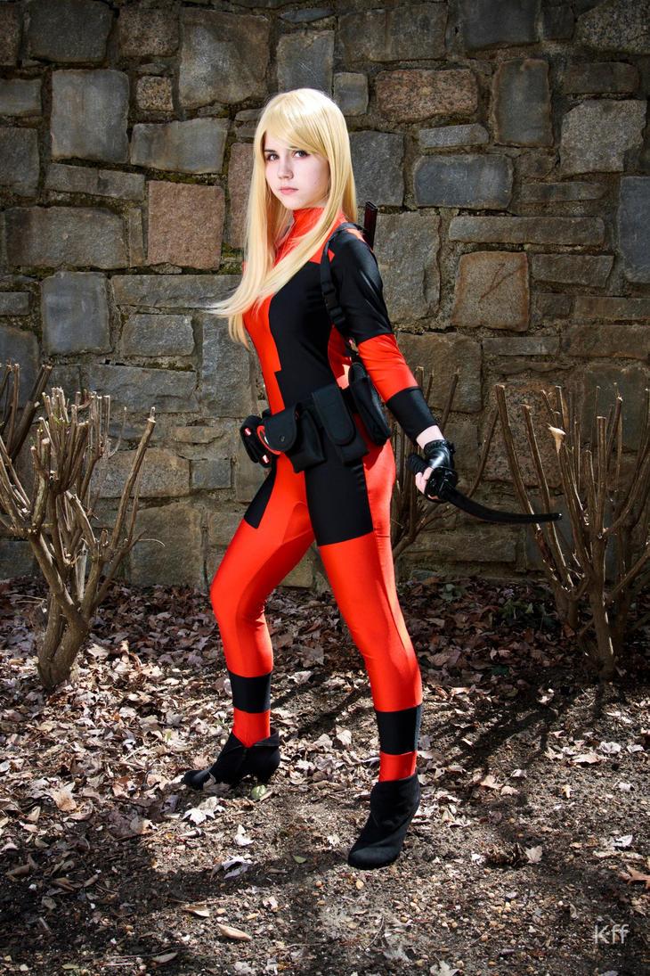 Lady Deadpoo... Lady Deadpool Cosplay Costume