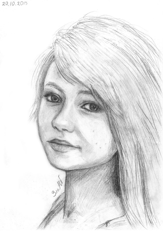 Girls portrait by GoldenYume