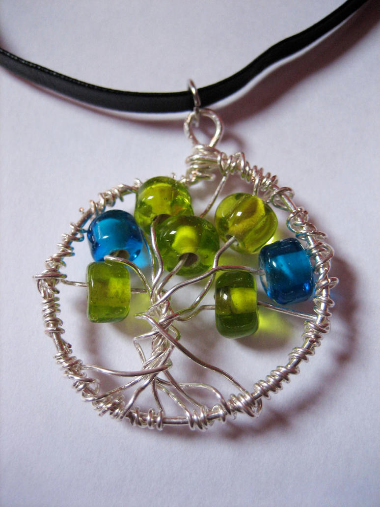 tree of life pendant by oasiaris