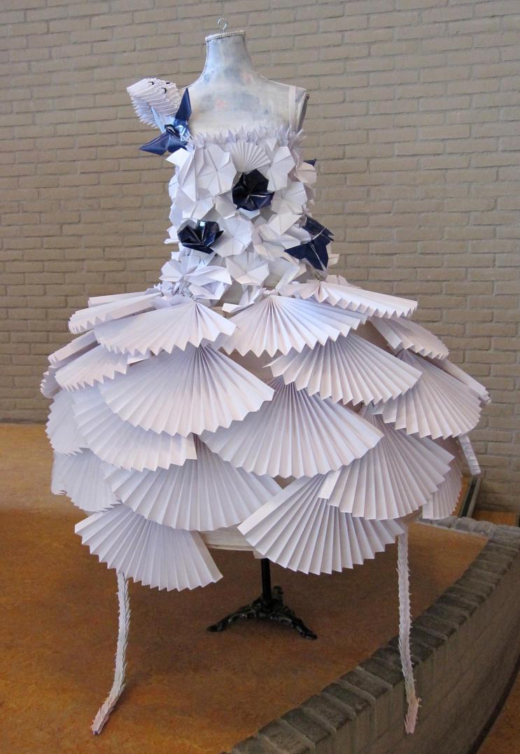 Origami dress by oasiaris on deviantart origami dress by oasiaris jeuxipadfo Choice Image