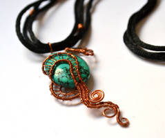 Copper and Turqoise Necklace by oasiaris