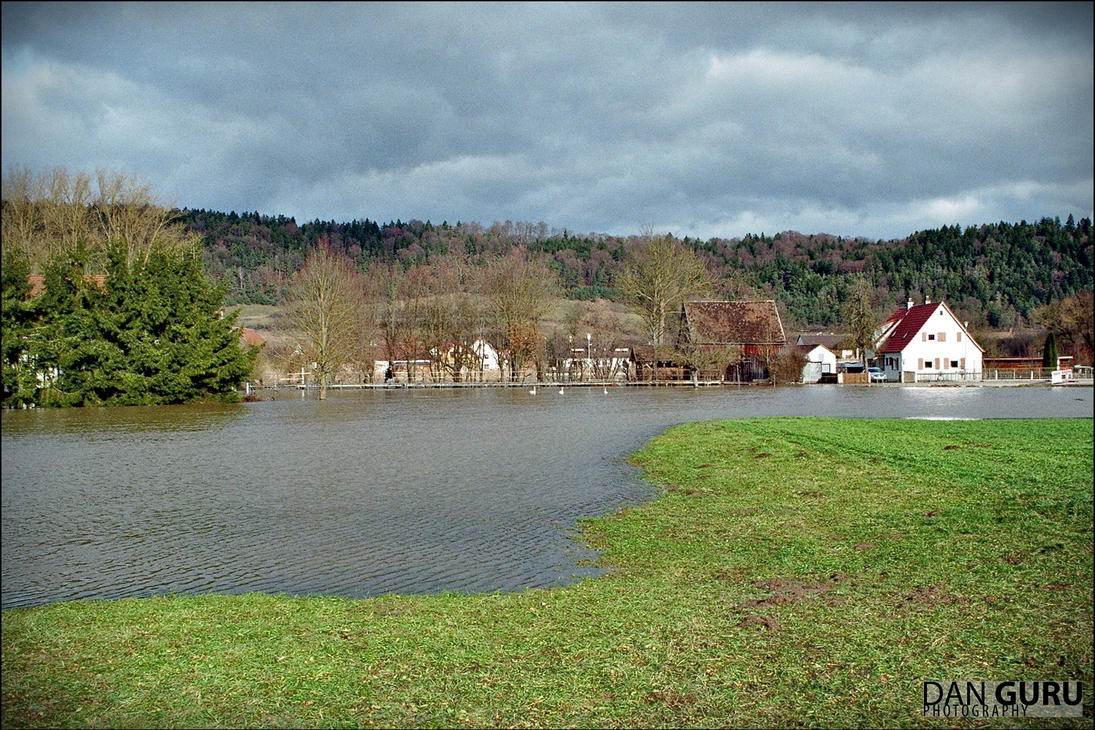 Bavarian Floods - Meadow by RoqqR