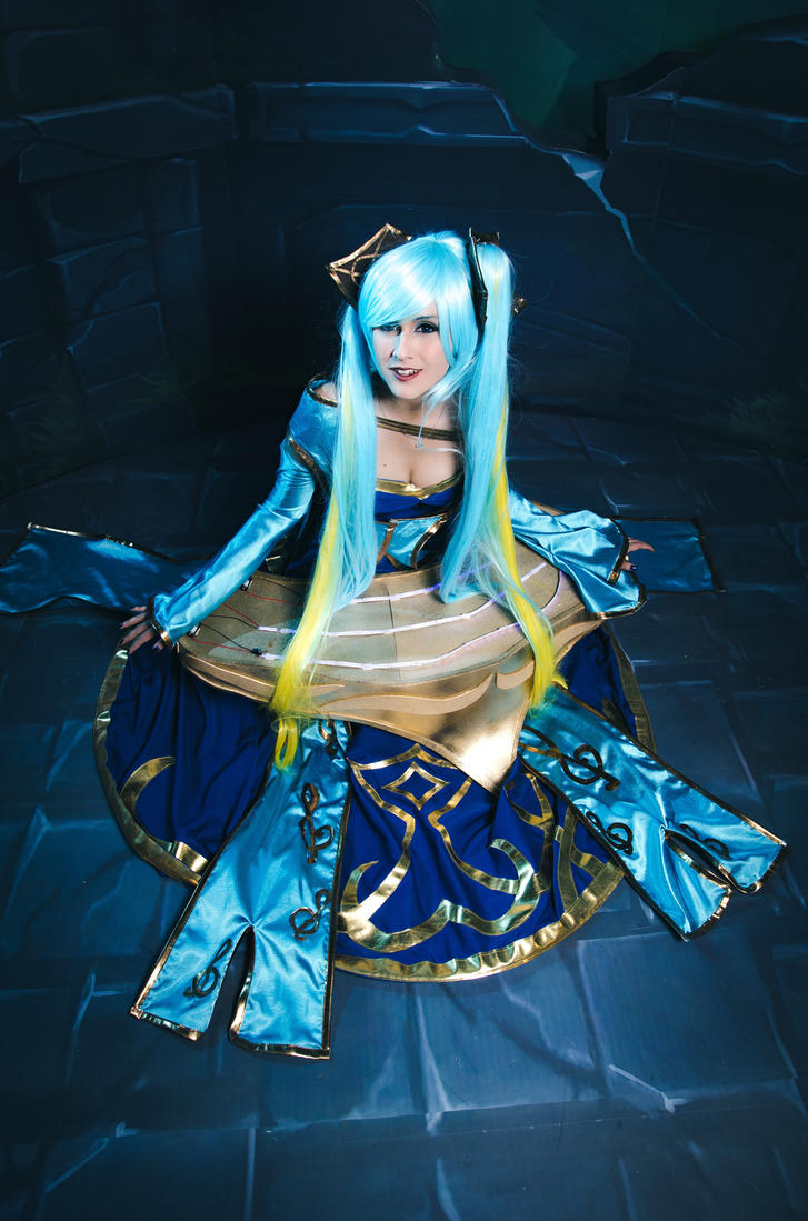 Sona cosplay (League of Legends) by TheSweetAmy on DeviantArt