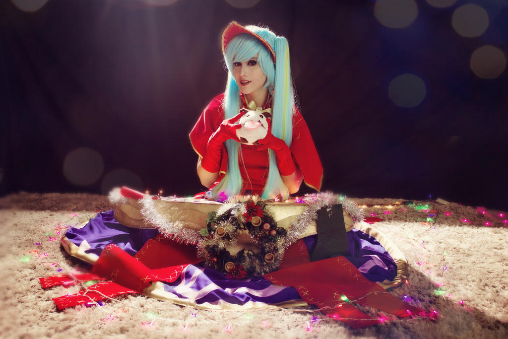 Silent Night Sona cosplay by TheSweetAmy