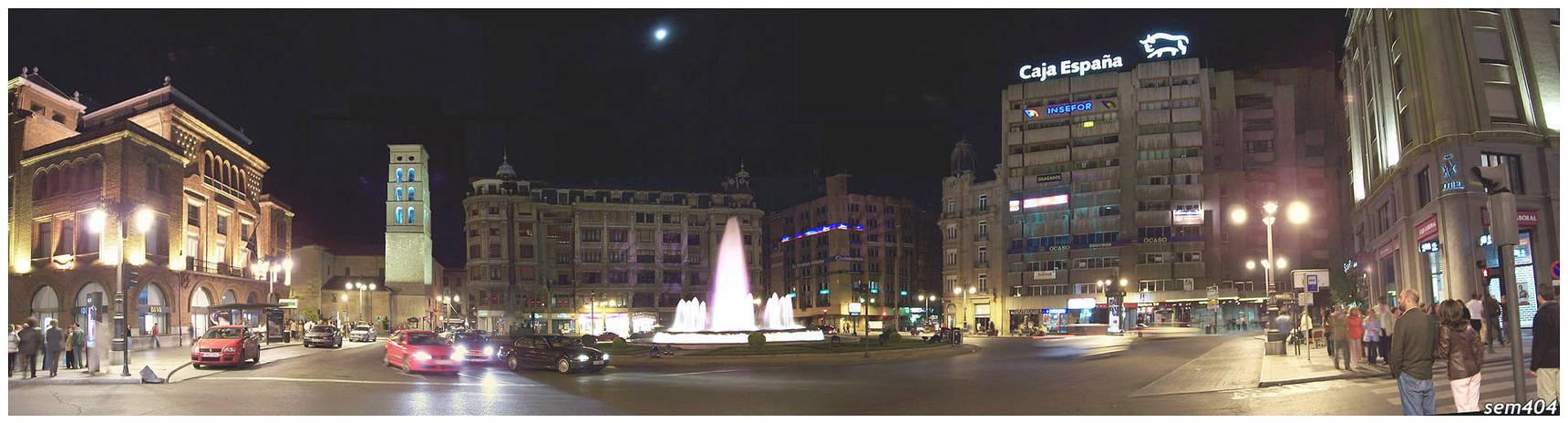 -Leon- Plaza de Santo Domingo.