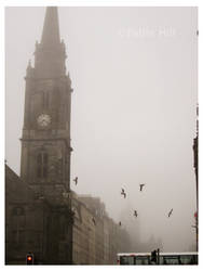 Mists in Edinburgh by fablehill